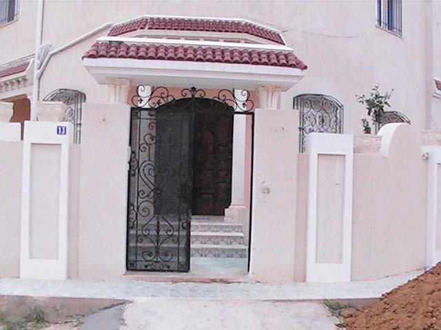 portes extérieures pour les maisons avec installation